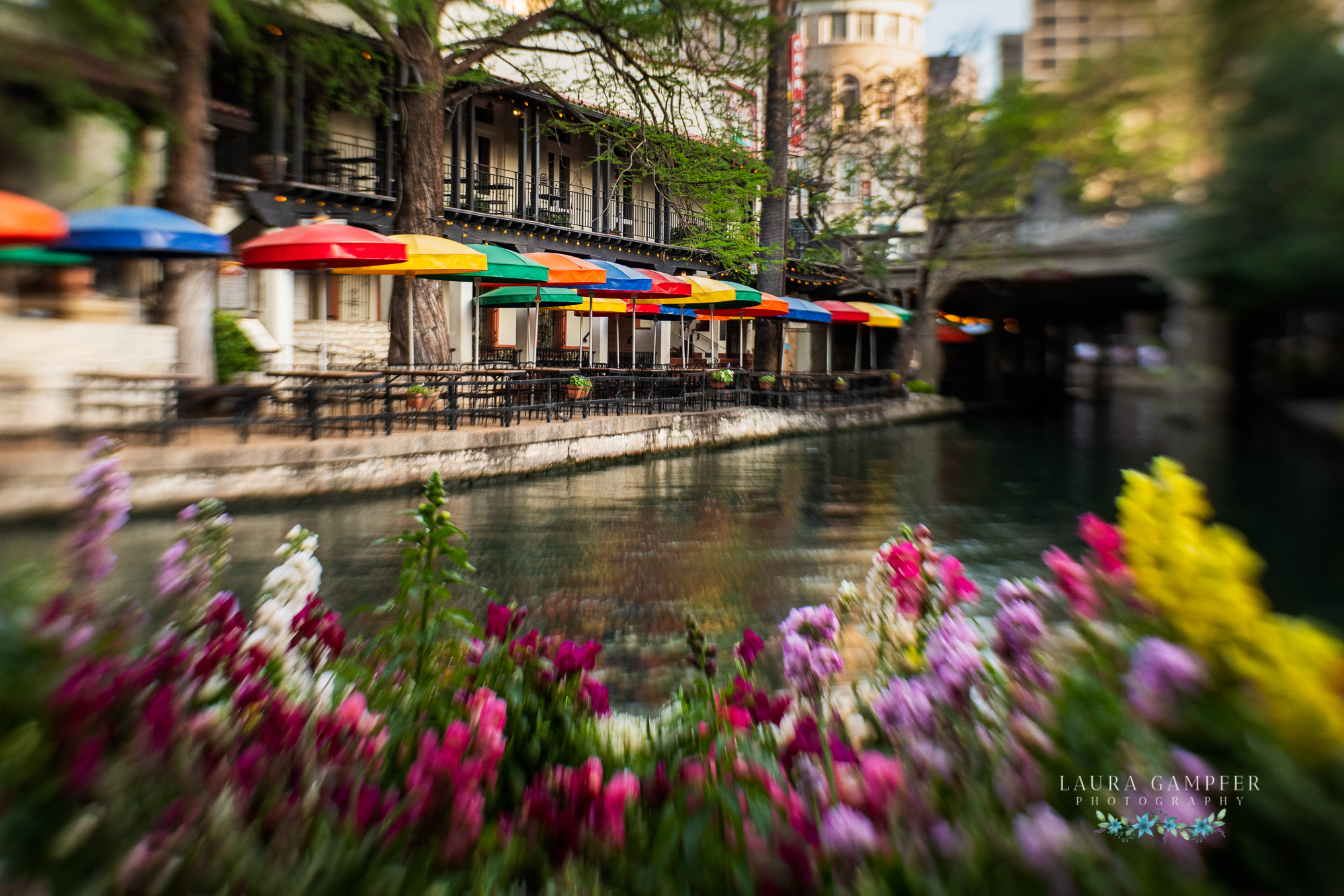 san-antonio-riverwalk-laura-gampfer-photography